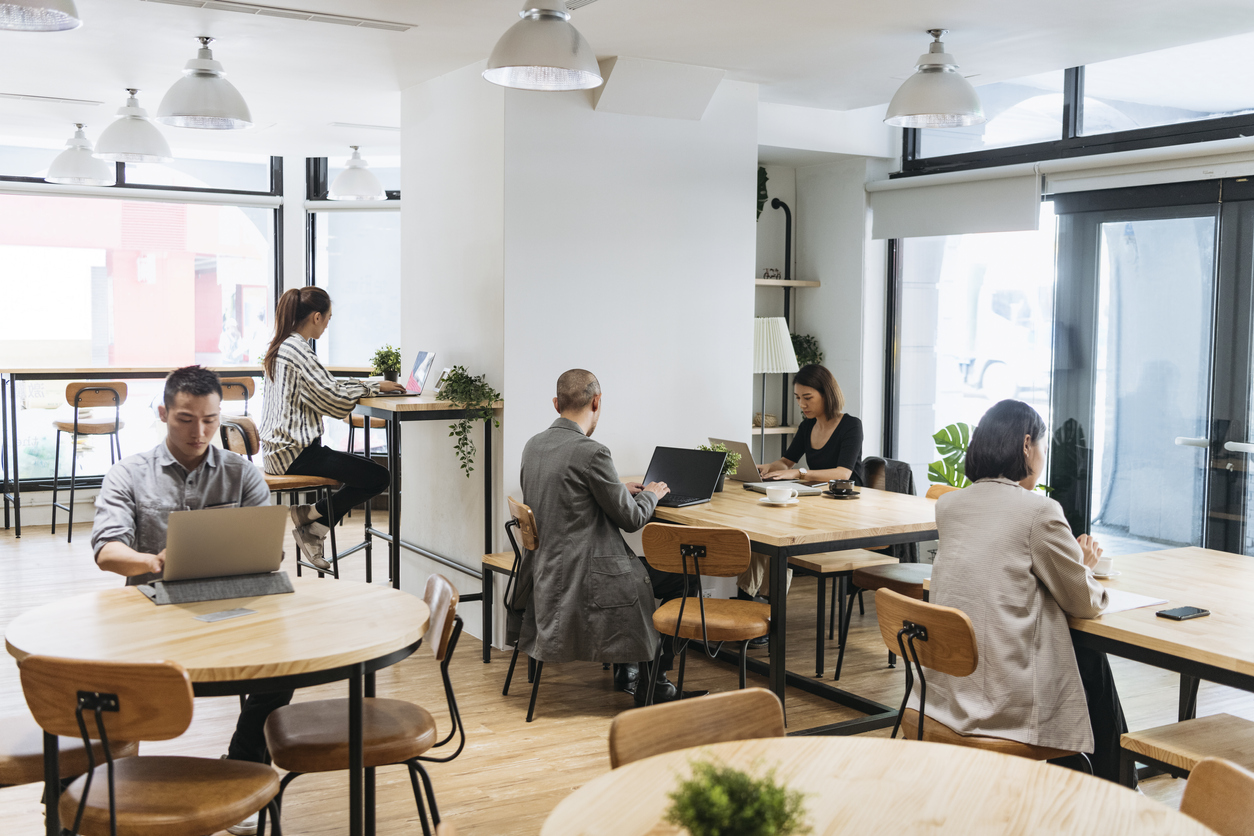 open-collaborative-office-space